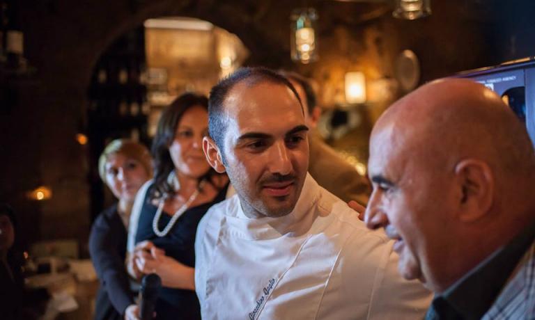 Gioacchino Gaglioin primo piano e, sulla destra,Franco Virga. Sono le due anime delGaginie di altri locali che stanno modernizzando la scena gourmet di Palermo