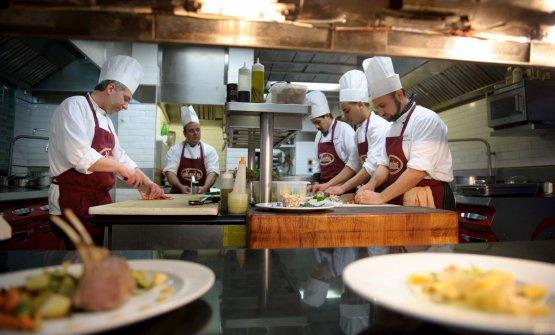 La cucina del ristorante gastronomico della Manuelina