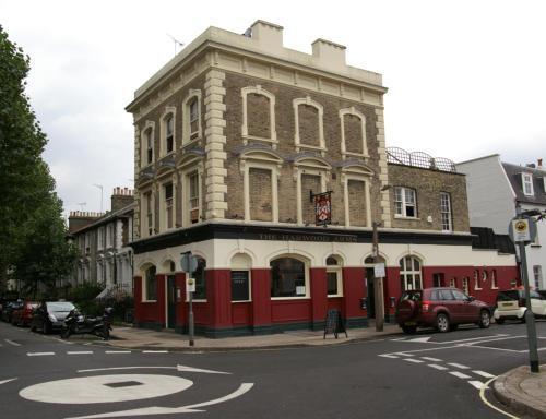Il gastropub Harwood Arms, aWalham Grove,+44.(0)20.73861847