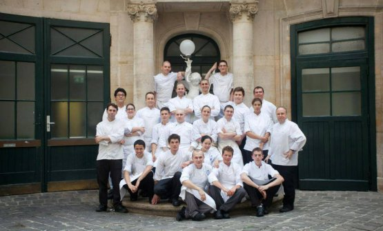 Fumagalli (the tall guy in the middle) in the days of Le Taillevent in Paris