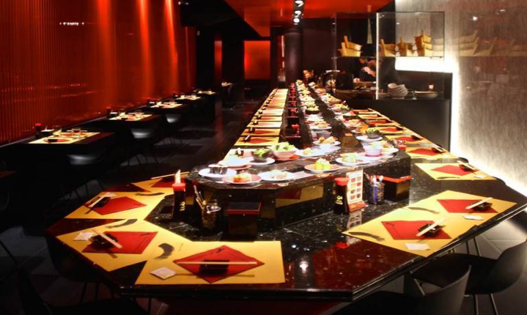 La grande sala dello Zen Sushi