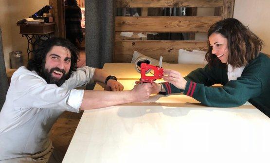 Ricky Gaspari e Ludovica Rubbini, cucina e sala del Sanbrite