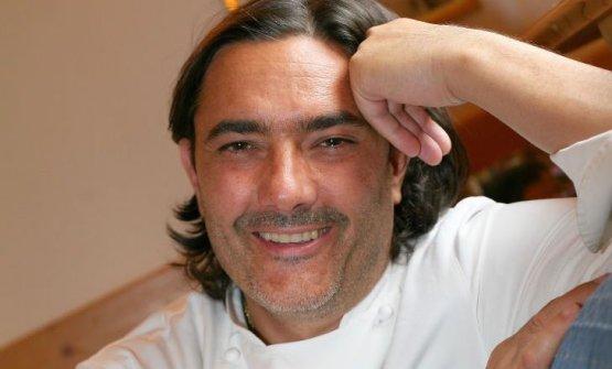 Stefano Masanti was born in 1970 in Madesimo (Sond