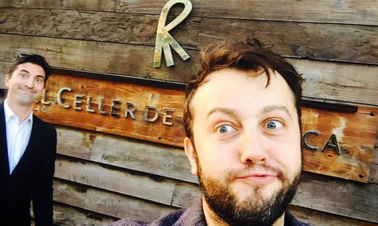 Dalla sua pagina Facebook, eccoAlessandro Negrini, con Fabio Pisani, davanti all'ingresso del Celler de Can Roca