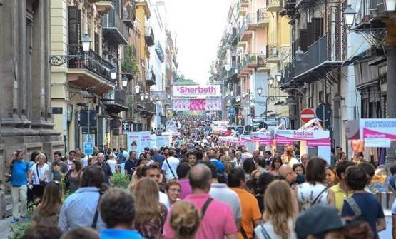 Grande successo di pubblico nel centro di Palermo per lo Shertbeth Festival