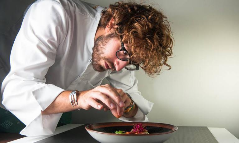 Mirko Ronzoni, che ha vinto Hell's Kitchen, la