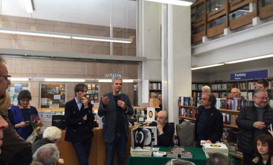 Oldani, Leemann e Davide Paolini nel marzo 2016 alla presentazione di un nuovo libro di Marchesi, Opere/Works