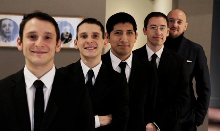 COLONNE DI SALA.Da destra a sinistra, Giuseppe Palmieri, Denis Bretta,Fabio Galletta, Andrea e Luca Garelli