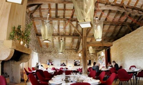 La sala dellaColline de Colombier, vecchio casci