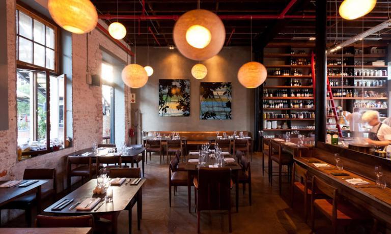La sala del Test Kitchen di Citt� del Capo, +27.(0)21.4472337,�la nuova insegna di Luke Dale Roberts, volto celebre tra i cuochi sudafricani