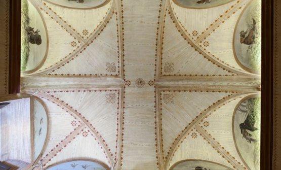 Gli affreschi sulle voltedella Sala della Caccia