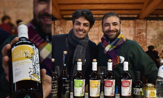 Nicola Adamo e Guido Grillo di Elios Modus Bibendi, vino naturale ad Alcamo dal 2015