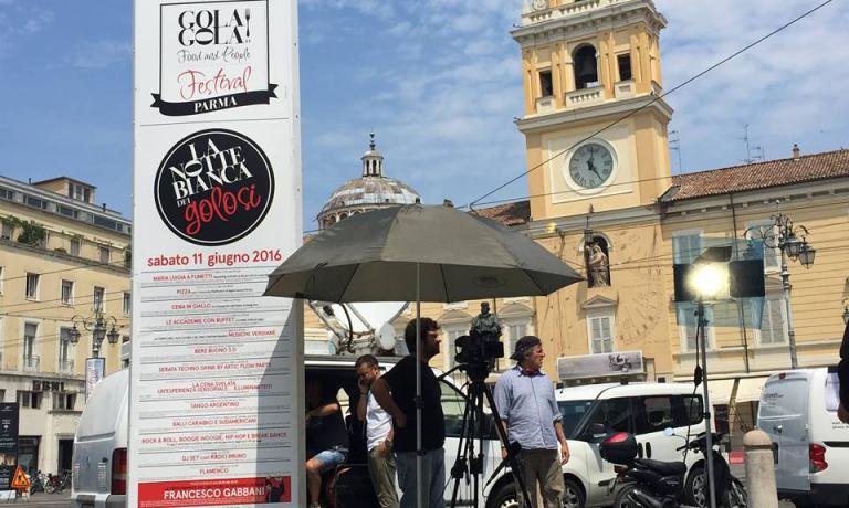 Sono in corso gli allestimenti della nuova edizione diGOLA GOLA! Food & People Festival,che accoglierà gli appassionati di enogastronomia con molti appuntamenti e un piatto speciale, creato appositamente da un gruppo di cuochi del territorio di Parma