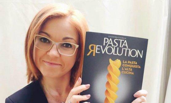 """Con il suo più recente libro: """"Pasta revolution. La pasta conquista l'alta cucina"""",Giunti Editore"""