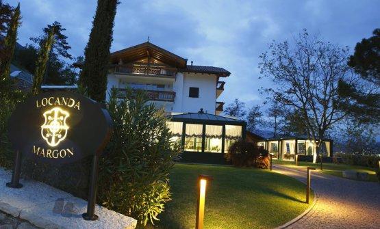 La Locanda Margon guidata daAlfio Ghezzi è da anni una delle tappe sempre consigliate dallaGuida di Identità Golosein Trentino: per tutta l'estate vi consiglieremo i migliori indirizzi delle località che potrete frequentare approfittando delle vacanze estive