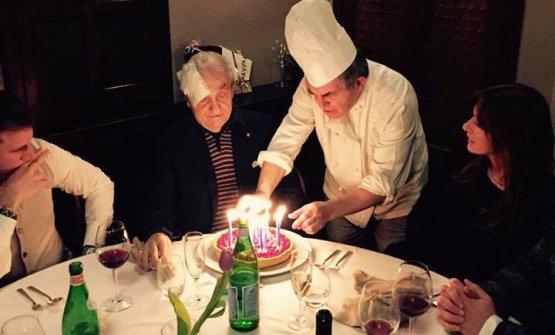 Marchesi ha festeggiato alla Rampina anche il suo ultimo compleanno, l'87esimo, il 19 marzo scorso. Sul volto, i segni della malattia