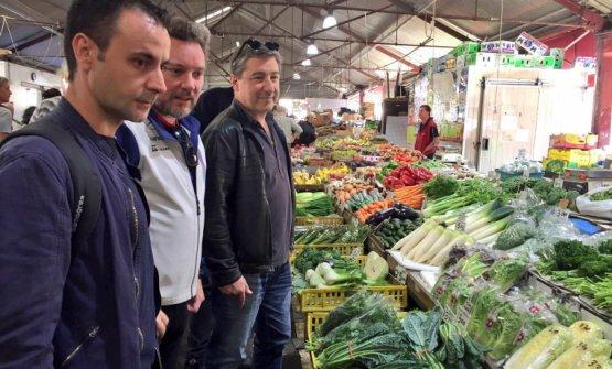 Xatruch con Albert Adrià e Joan Roca al mercato di Barcellona