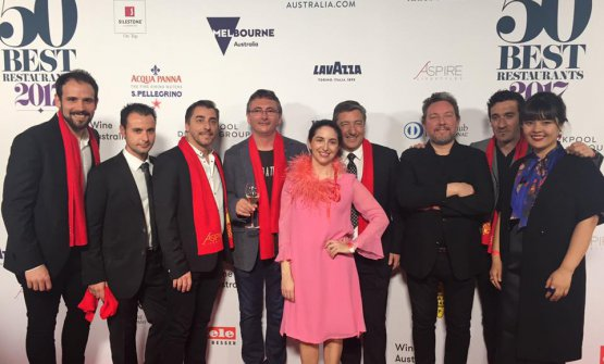 Disfrutar awarded at the 50Best 2017. Eduard Xatruch is the second from the left. Next to him Jordi Roca, Andoni Aduriz, Elena Arzak, Joan Roca, Albert Adrià, Eneko Atxa, that is to say the top in Spanish cuisine