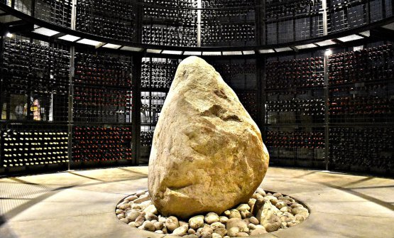 The huge stone, left where it was found, around which the room for the bottle refining was built