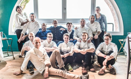 Riccardo e Giancarlo Camanini con la squadra del Lido 84
