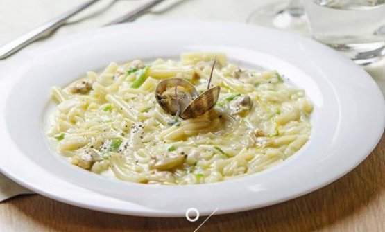 La Pasta mista con friarellidiDomenico Vicinanza, chef uscente dell'Osteria del Tagliodi Salerno città