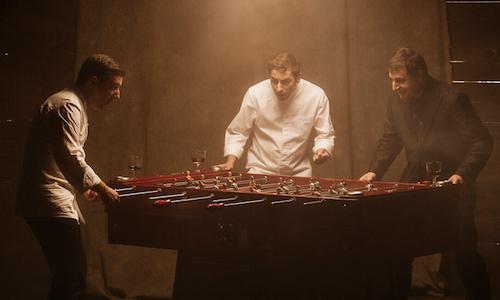 Da sinistra, Joan, Jordi e Josep Roca, i tre fratelli che hanno fatto la fortuna del ristorante El Celler de Can Roca di Girona (Spagna). Presto un libro diviso in 16 capitoli ricapitoler� il percorso degli ultimi 25 anni. La foto � tratta dal sito internet del Celler