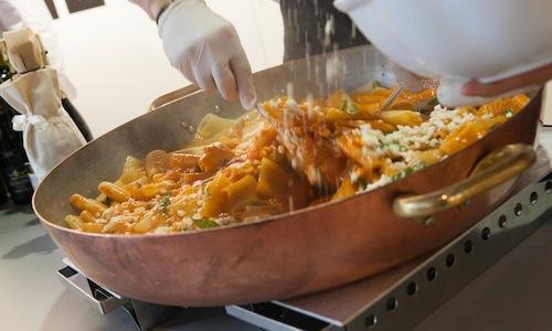 I Paccheri al pomodoro mantecati con Grana Padano