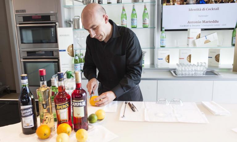 Antonio Marteddu, bartender astigiano di origini s