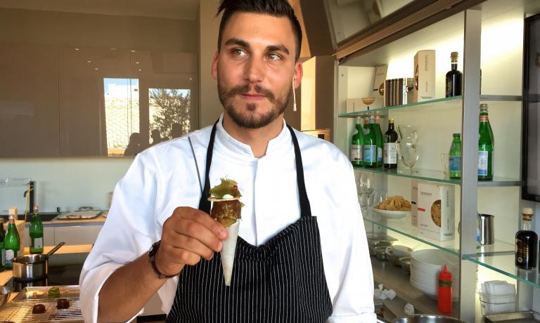 Simone Cipriani e il suo�Cono alla ribollita�sono stati i protagonisti poche ore fa a Identit� di Pasta, l'appuntamento settimanale organizzato da Identit� Expo con Pastificio Felicetti