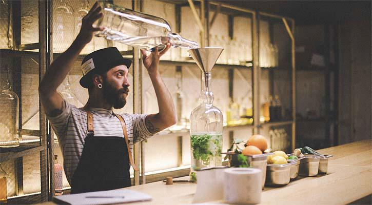 Quali sono i migliori cocktail bar e i negozi di c