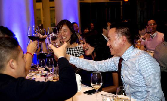 Come si rapportano i cinesi al vino? Ce lospiega
