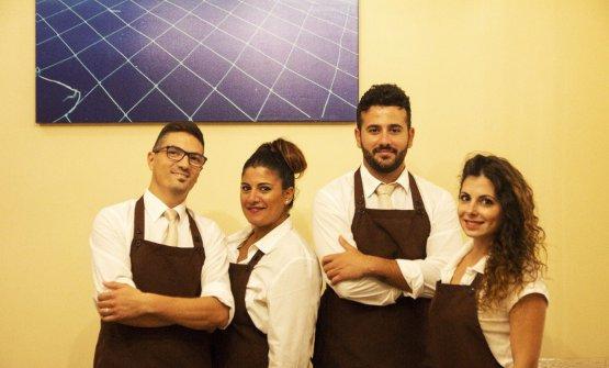 Lo staff del ristorante Rais di San Vito Lo Capo (