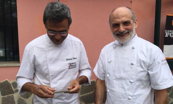 Roberto Petza di S'Apposentu (Siddi in Sardegna) e Corrado Assenza del Caffè Sicilia (Noto, Siracusa), protagonisti nel weekend scorso a Baradili (Medio Campidano) per la rassegna Fili del Gusto