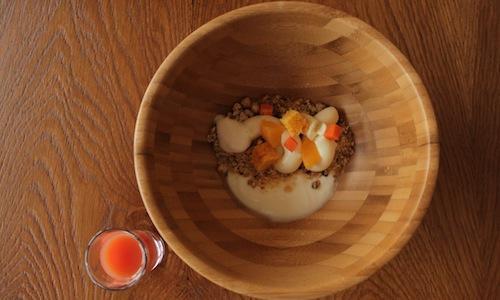 The skier's breakfast prepaired byFederico Zanasi, a chef from Modena working both at Principe delle Nevi hotel inCervinia (Aosta) and atMoreno Cedroni's Clandestino in Portonovo (Ancona)