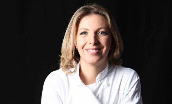Tekuna Gachechiladze, chef diCafeLitteraa Tbilisi, capitale della Georgia.Una laurea in psicologia, un diploma da cuoca al Culinary Institute di New York, la troveremo ad Al Meni, Rimini, il 23 e 24 giugno prossimi