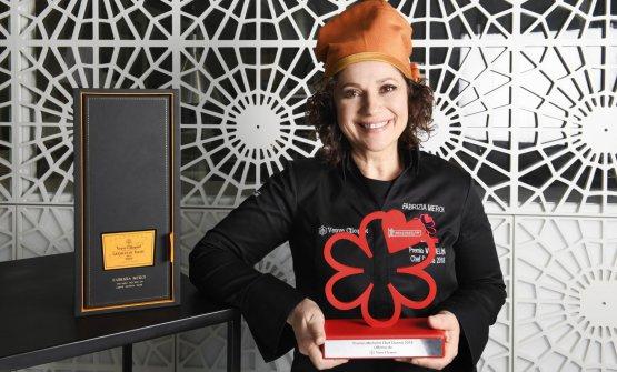 Fabrizia Meroi con il premio: la chef ha una stella Michelin,chef del ristorante Laitea Sappada, in provincia di Belluno