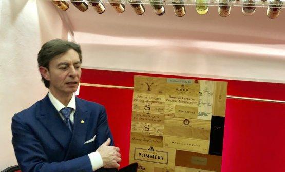 Alessandro Tomberli, fiorentino, 52 anni di cui 35 al servizio dell'Enoteca