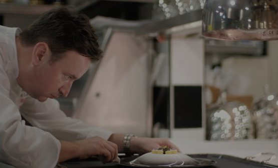 Lo chef Sebastien Lepinoy, francese come la cucina (fotolesamisgroup.com.sg)