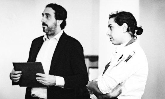 Luca e Martina Caruso durate una riunione con lo staff (foto di Stefano Butturini)