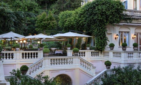 Le Jardin de Russie dell'Hotel de Russie a Roma.È uno dei ristoranti gestiti daPierangelininegli hotel del gruppoRocco Forte