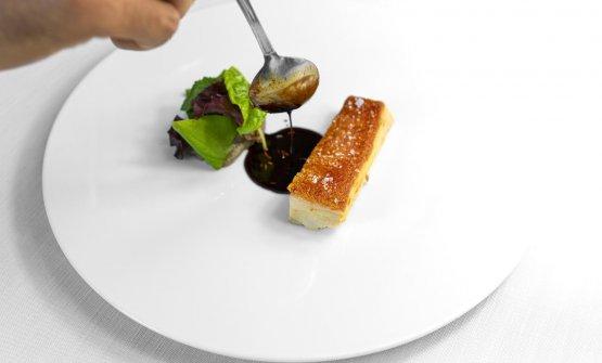 Maialino Nero dei Nebrodi,crema di melanzane arrosto,salsa al maialino e finocchietto selvatico