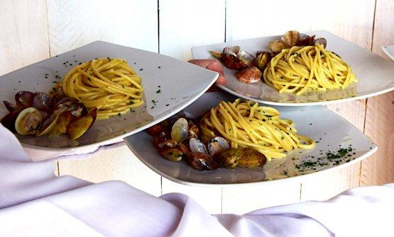 Spaghettoni con i lupini,bottarga di muggine e polvere di arancia candita