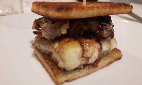 Sandwich di anguilla con il suo fegato, menta e aceto
