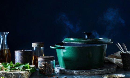 Alcuni scatti dal primo numero di Cook. Questo, di James Ransom, illustra ilmenu d'autorefirmatoJulia Moskin