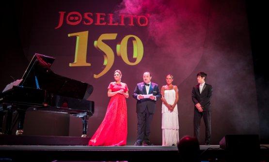 Momenti dello spettacolo e della successiva festa al Teatro Real