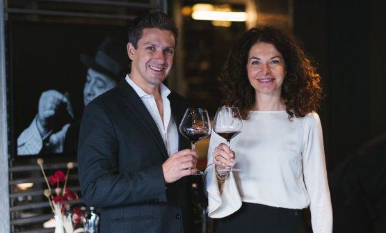 Francesca Terragni,Responsabile Marketing e Comunicazione di Moët Hennessy Italia, con l'enologoGonzalo Carrasco