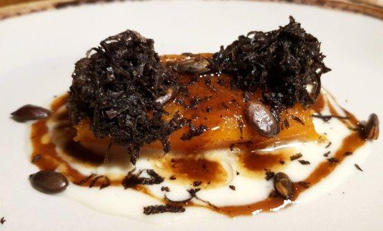 Zucca arrosto con parmigiano, succo di carne e lamelle di tartufo. Un piatto eccellente, che ciarriva ogni inverno