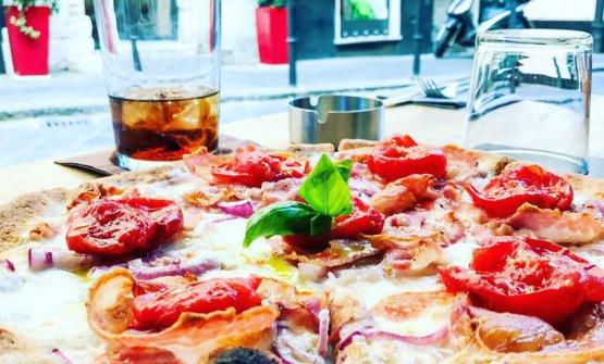 Tania Mauri ci porta alla scoperta di Savò, ottima pizzeria genovese