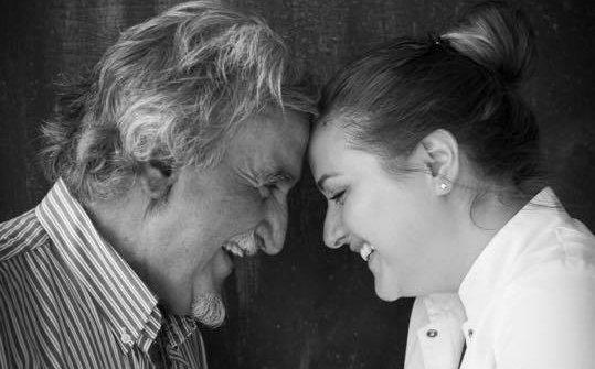 Roberto Ceraudo, artefice e simbolo dell'azienda agricola Dattilo, con la figlia Caterina