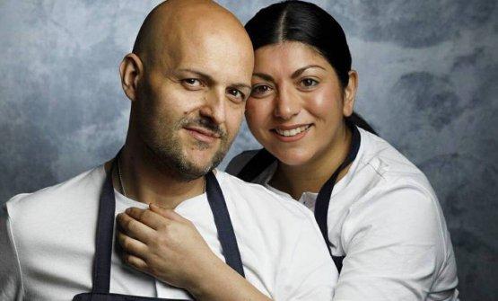 Bernardi con la moglie chefFernanda Fuentes Cárdenas